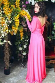 Платье с открытой спиной Donna