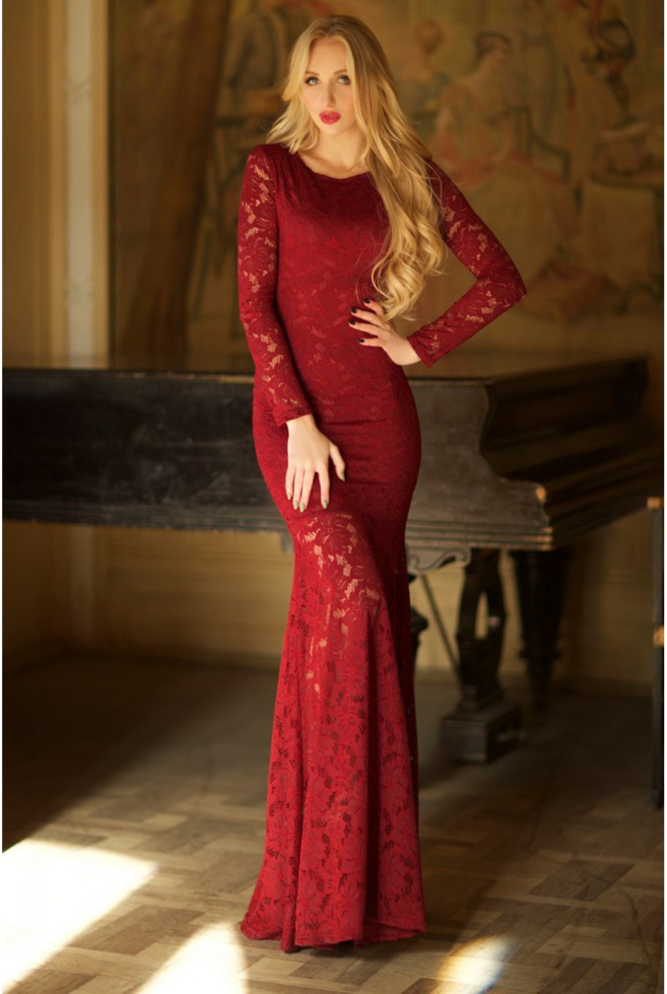 Фото длинное гипюровое платье