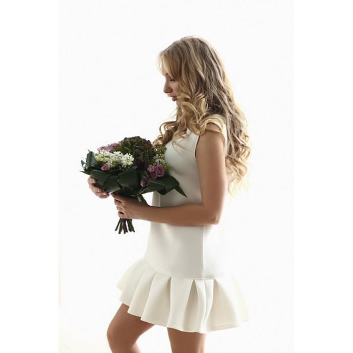 Трапециевидное платье  Adit молочного цвета